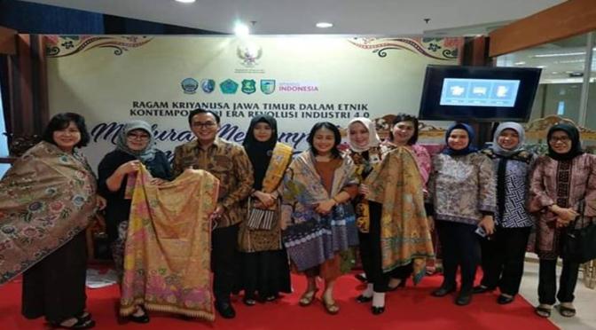 Terpikat Batik Madura, Konselor Jerman-Amerika Siap Bantu Promosi Batik