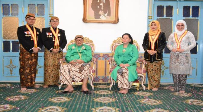 Bupati Pamekasan Terima Gelar Kebangsawanan dari Karaton Surakarta